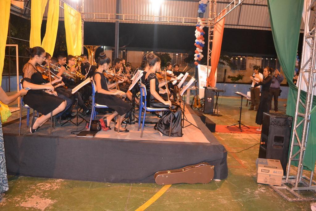 Orquestra Sinfônica Granada do Tocantins encerra o ano com concerto na Escola Trajano Coelho Neto em Paraíso (TO)