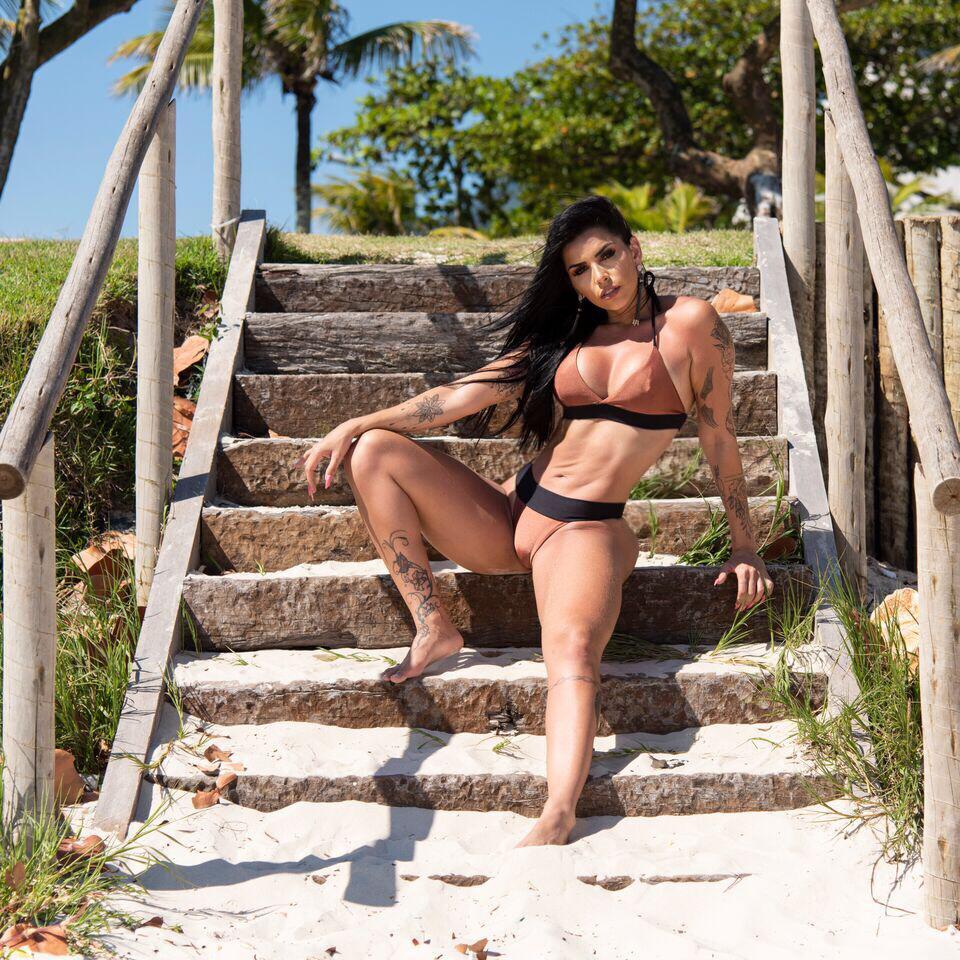 Bianca Leão, a modelo fitness que não faz dieta, saiba seus segredos