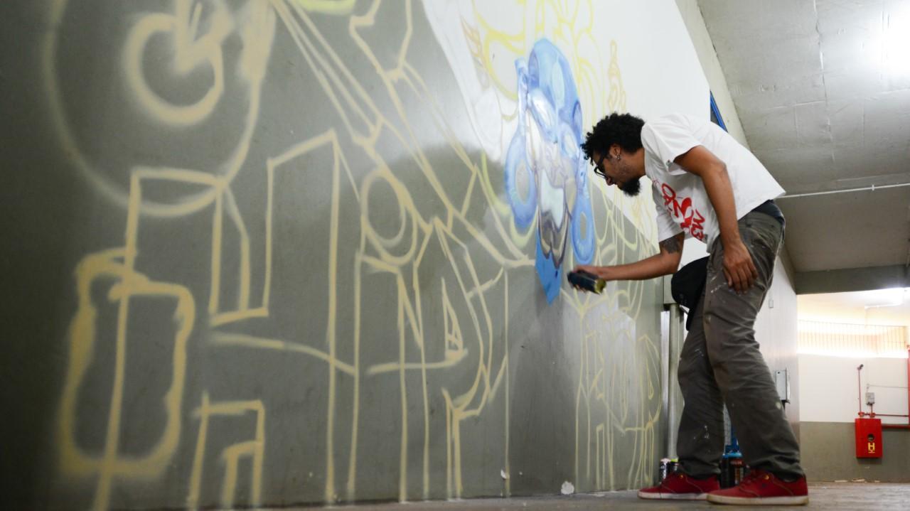 Jovens se reúnem para batalha de Hip Hop no Ginásio Ayrton Senna; projeto convida a sociedade a conhecer melhor Movimento