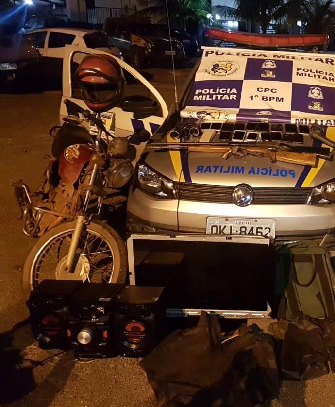 PM prende autor de diversos roubos e recupera 16 celulares, duas motocicletas e outros objetos em Palmas