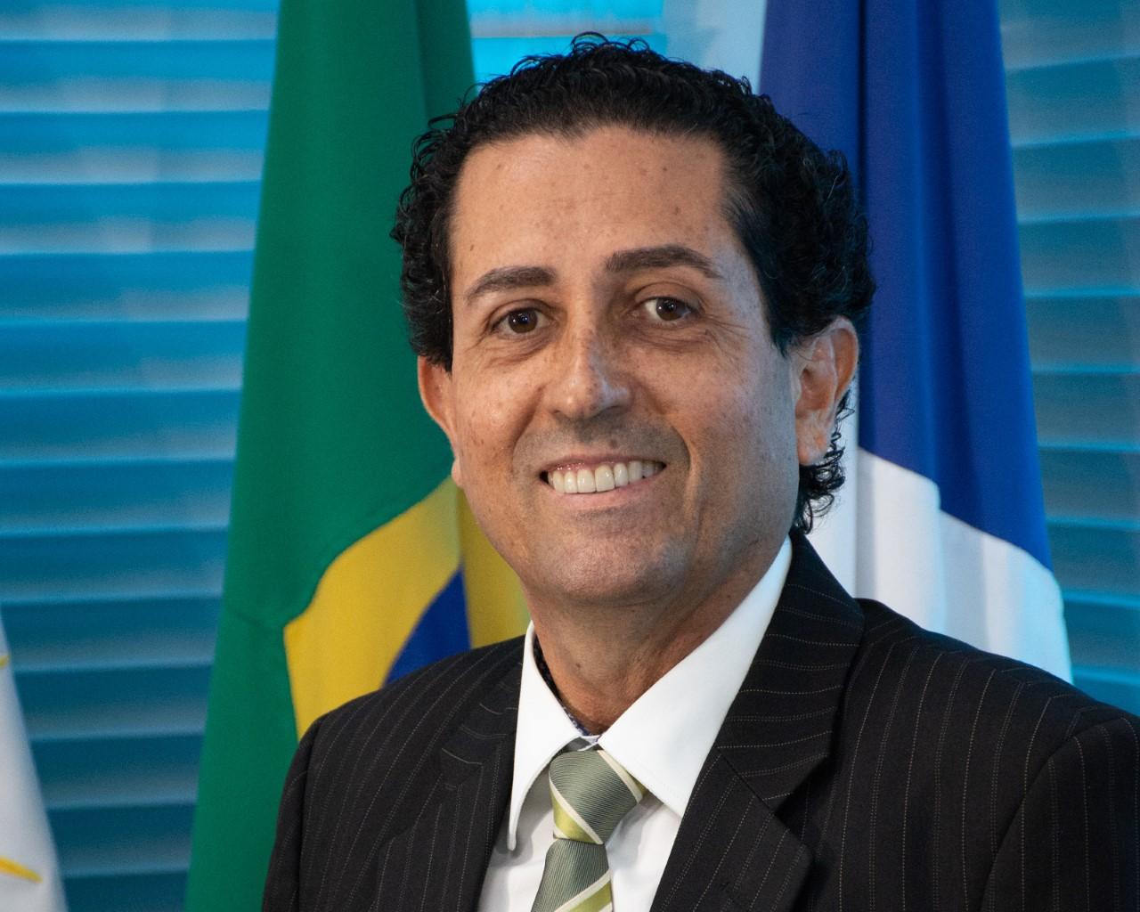 José Omar de Almeida é reconduzido ao cargo de Procurador-Geral de Justiça