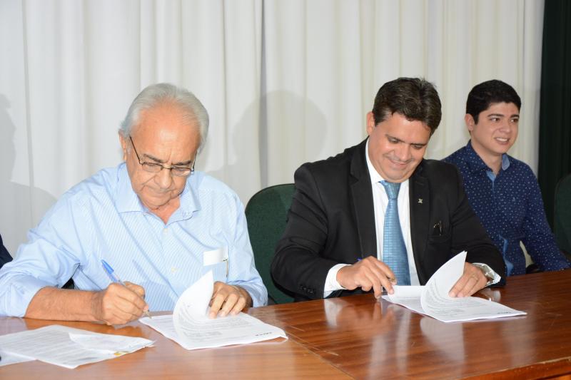 Prefeitura Municipal de Paraíso do Tocantins divulga extrato de termo de financiamento