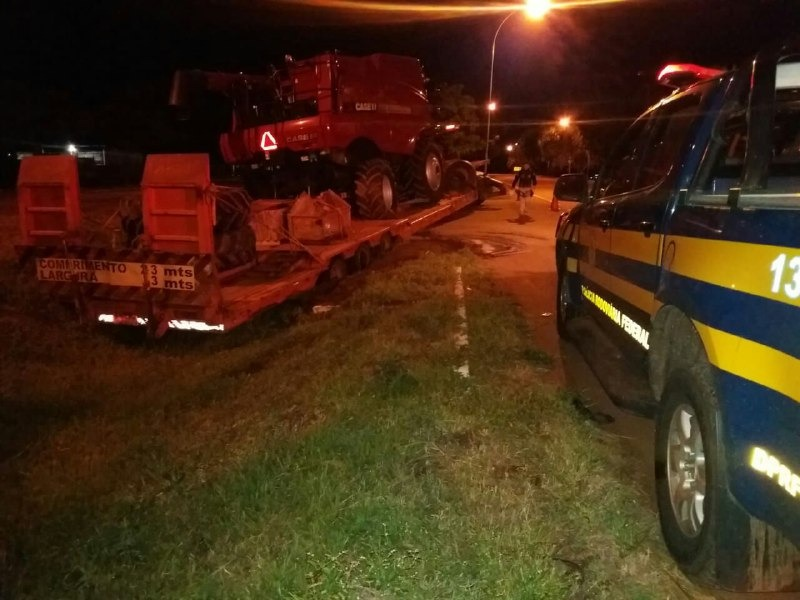 Motorista de caminhão é preso pela PRF após se envolver em acidente