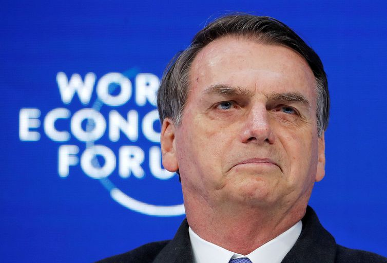 Bolsonaro diz que vai trabalhar para o Brasil ser exemplo para o mundo