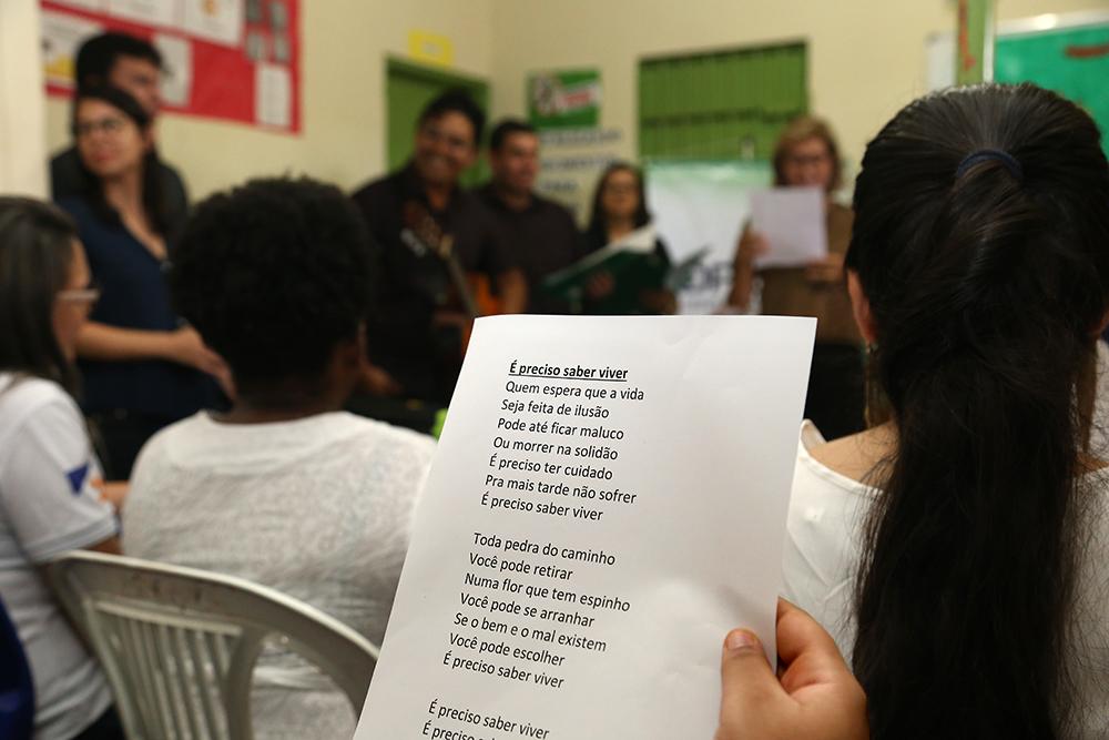 Mulheres da prisão feminina de Palmas (TO) terão aula de canto oferecida pela Defensoria Pública