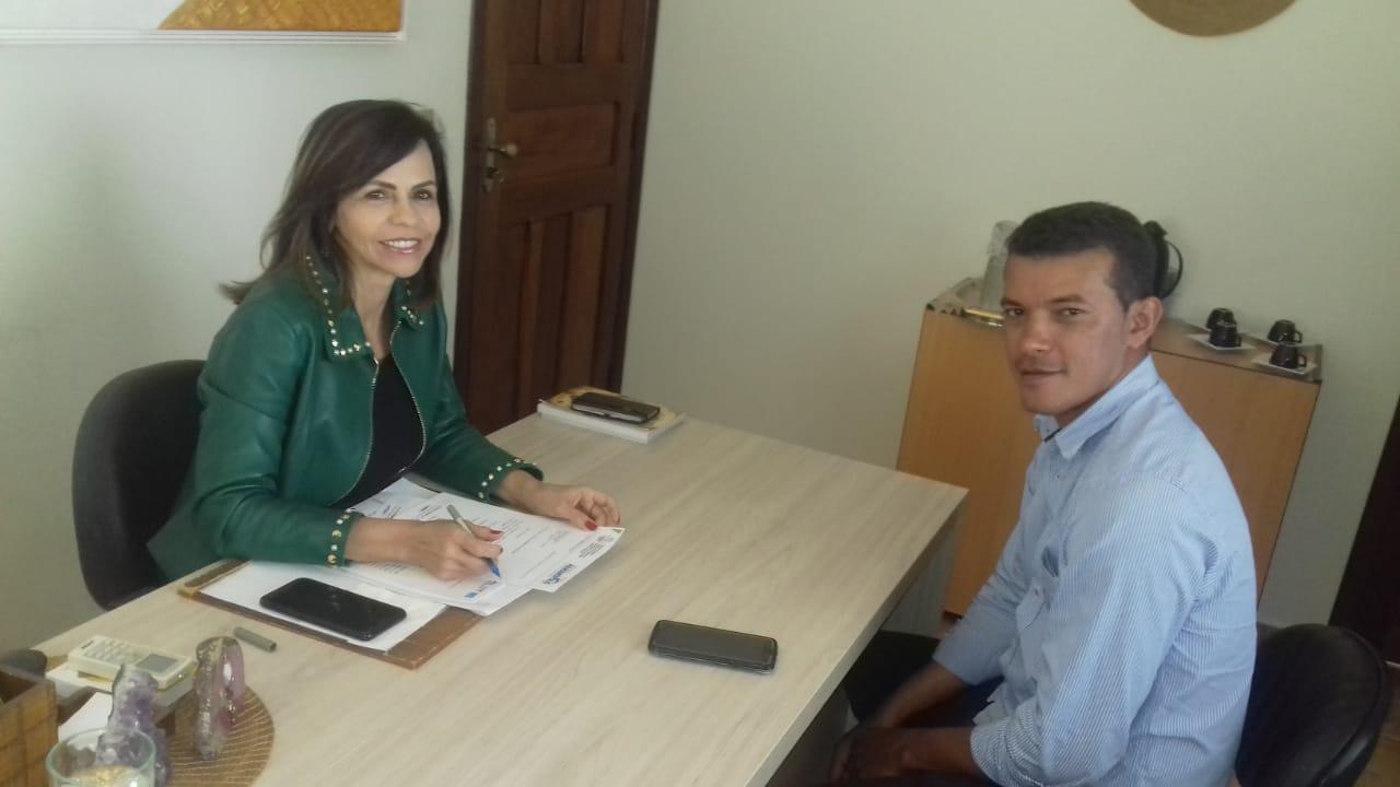 Prefeito Isaias Piagem visita gabinete da deputada Dorinha em busca de emendas para Marianópolis