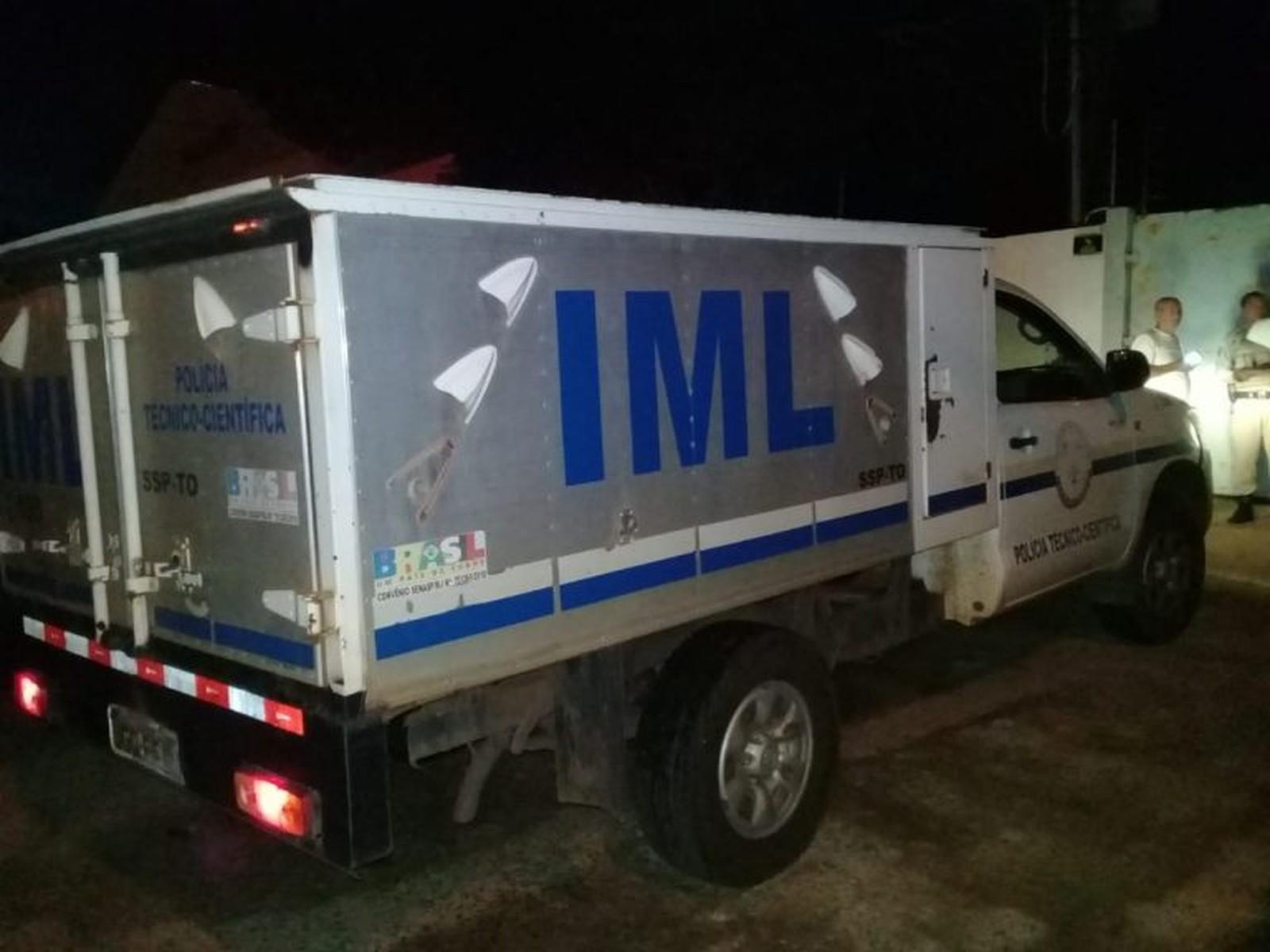 Ciclista morre após ser atingido por motocicleta na BR-230, em Araguatins