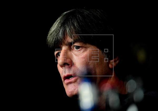 Schuster vê Löw como possível candidato a novo técnico do Real Madrid