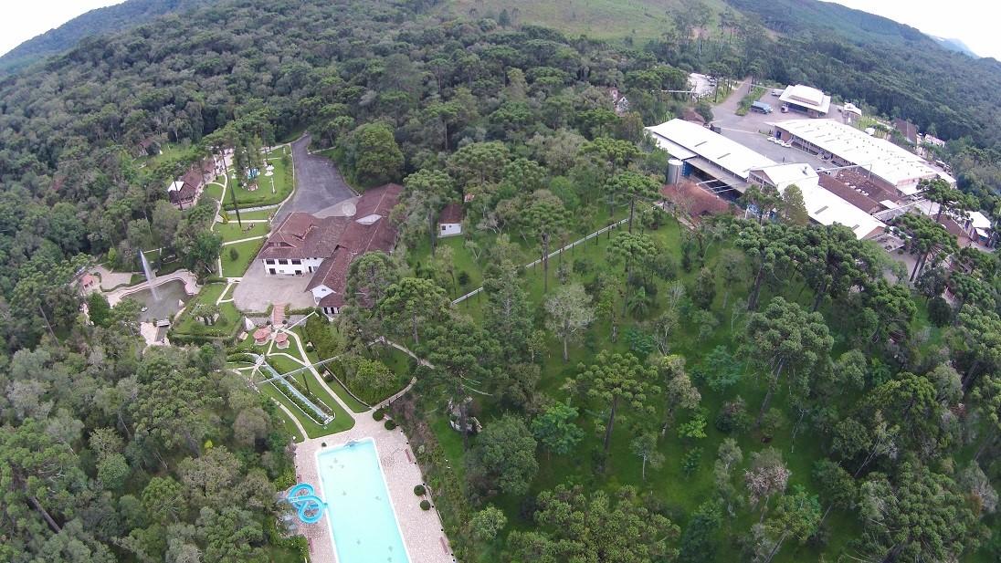 Estância Hidromineral Ouro Fino é opção de lazer para quem vai passar o verão na RMC