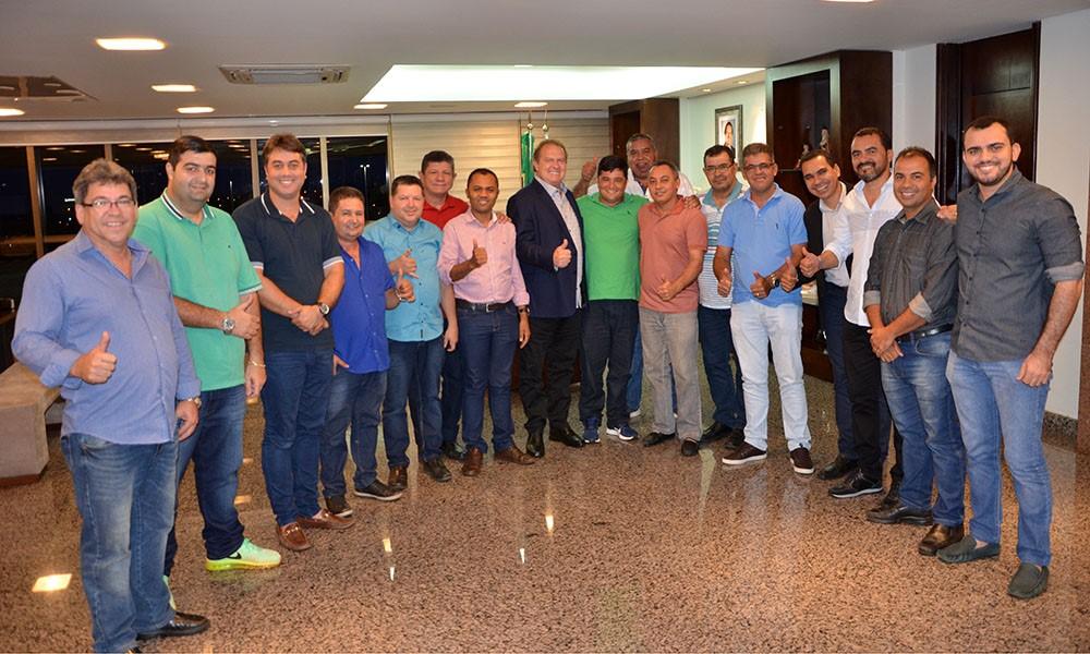 Governador Carlesse e vereadores da Capital debatem regularização fundiária de Palmas