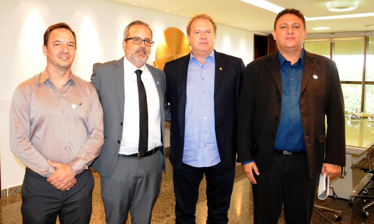 Governador Carlesse e executivos da Suzano Celulose debatem investimentos da empresa no Estado