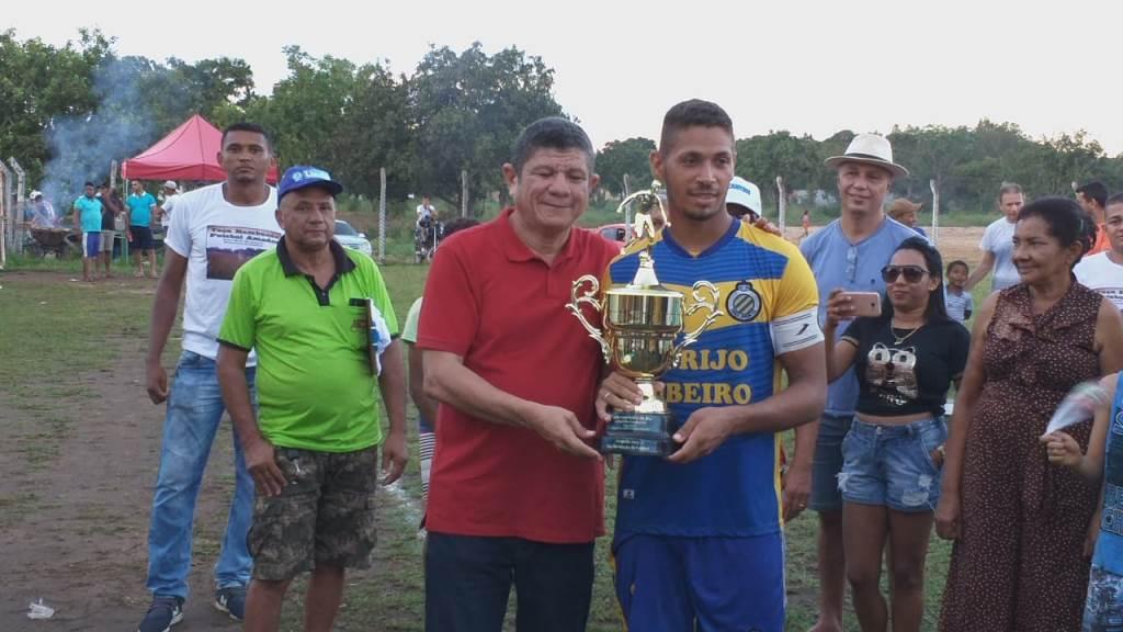 Deputado Ivory de Lira assiste final da Taça Bambuzão de Futebol Amador, em Miracema