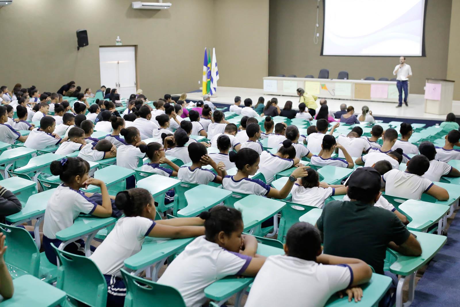 Pré-Conferência estimula a participação popular na tomada de decisões sobre o SUS