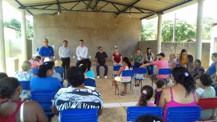 Prefeito Isaias Piagem participa da abertura de escolinha de futebol em Marianópolis