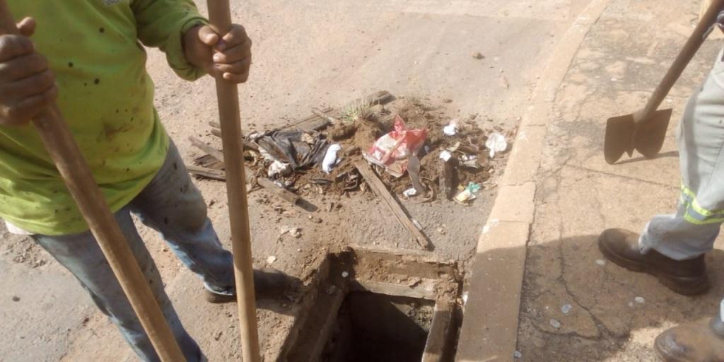 Descarte irregular de lixo prejudica e dificulta ações da Prefeitura na Capital