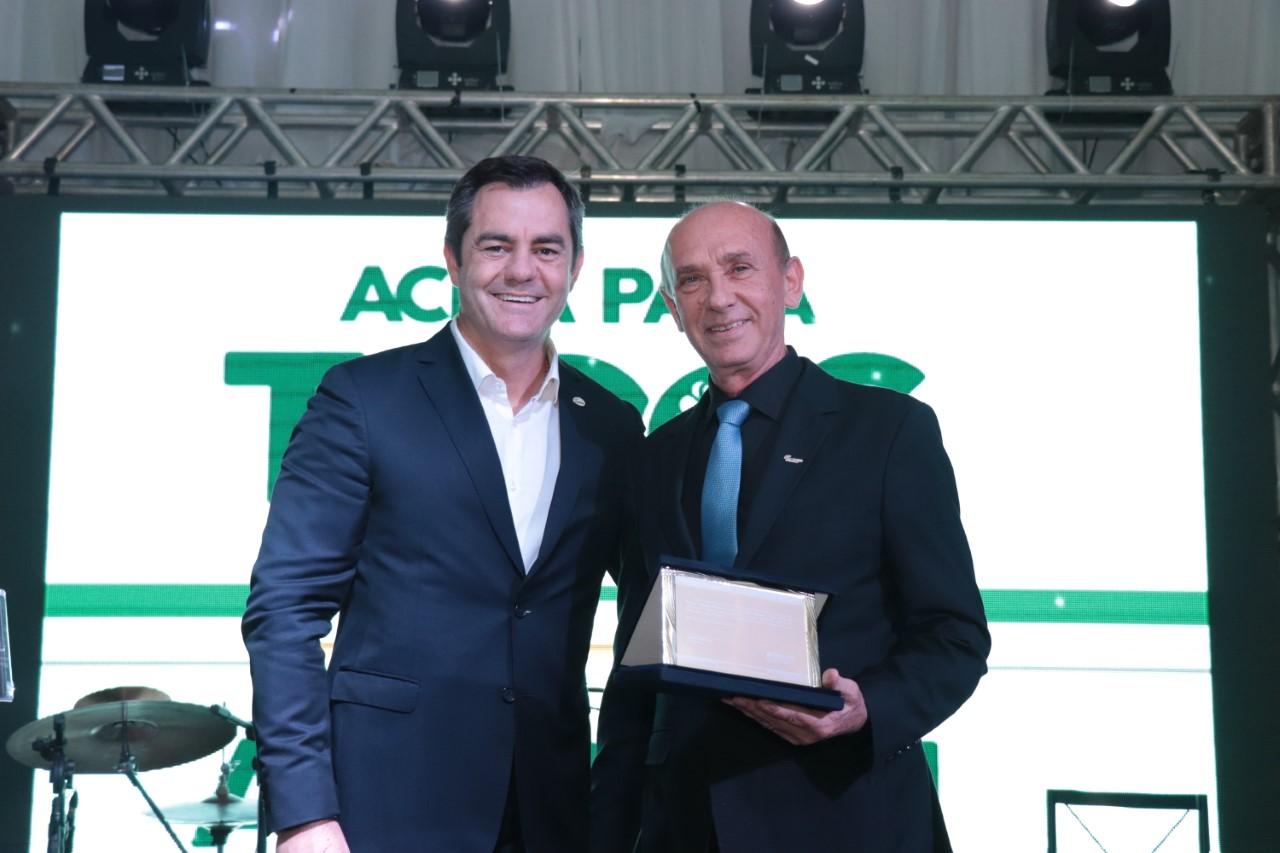 Itelvino Pisoni é homenageado em posse da ACIPA