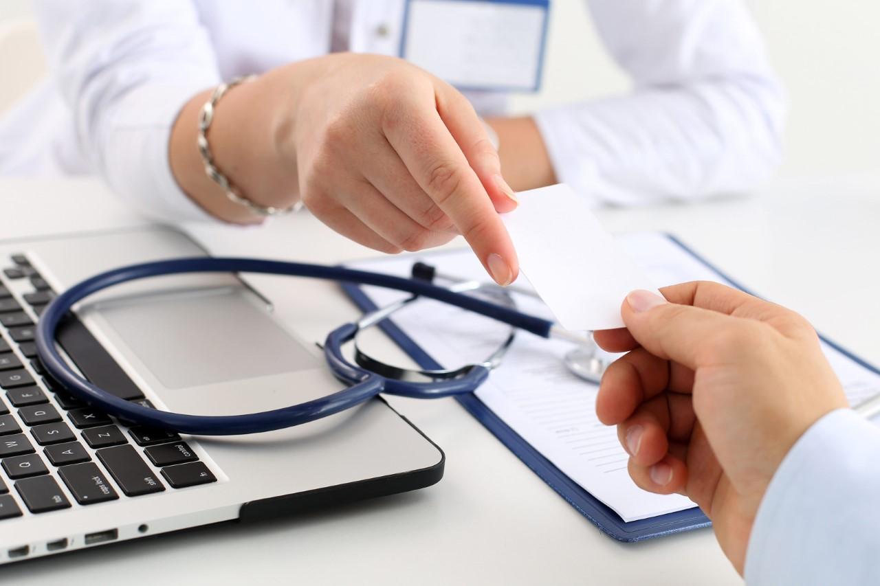 Pacientes com câncer e outras doenças graves têm direitos especiais