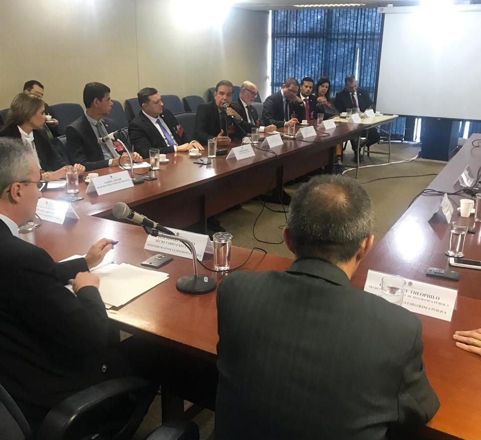 Mozart Felix e demais representantes classistas debatem cenário atual da segurança pública junto ao secretário executivo do Ministério da Justiça