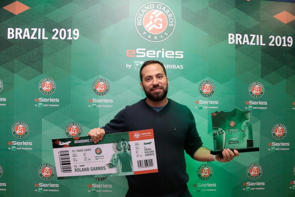 Roland-Garros eSeries by BNP Paribas: carioca é bicampeão e representa o Brasil em Paris
