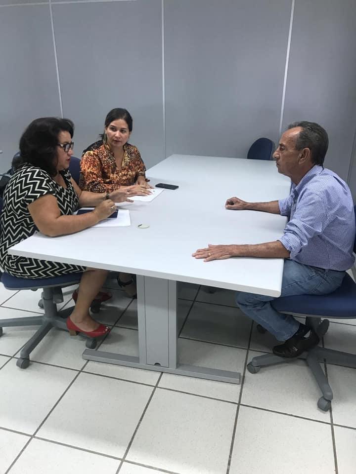 Prefeitura de Lagoa da Confusão realiza reunião com a Caixa Econômica Federal para tratar de déficit habitacional