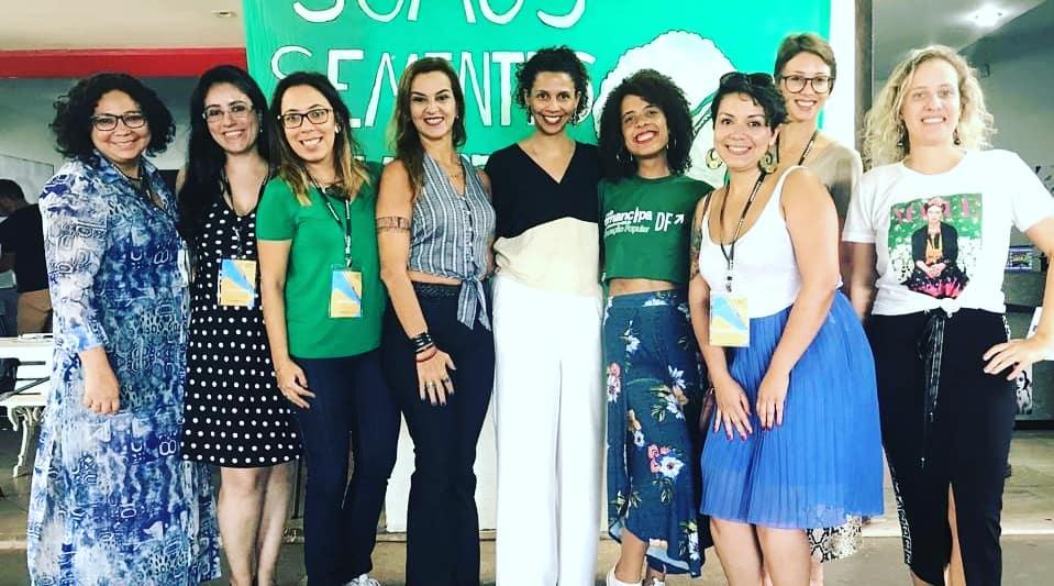Defensora pública do Tocantins debate gênero e raça com estudantes de Brasília