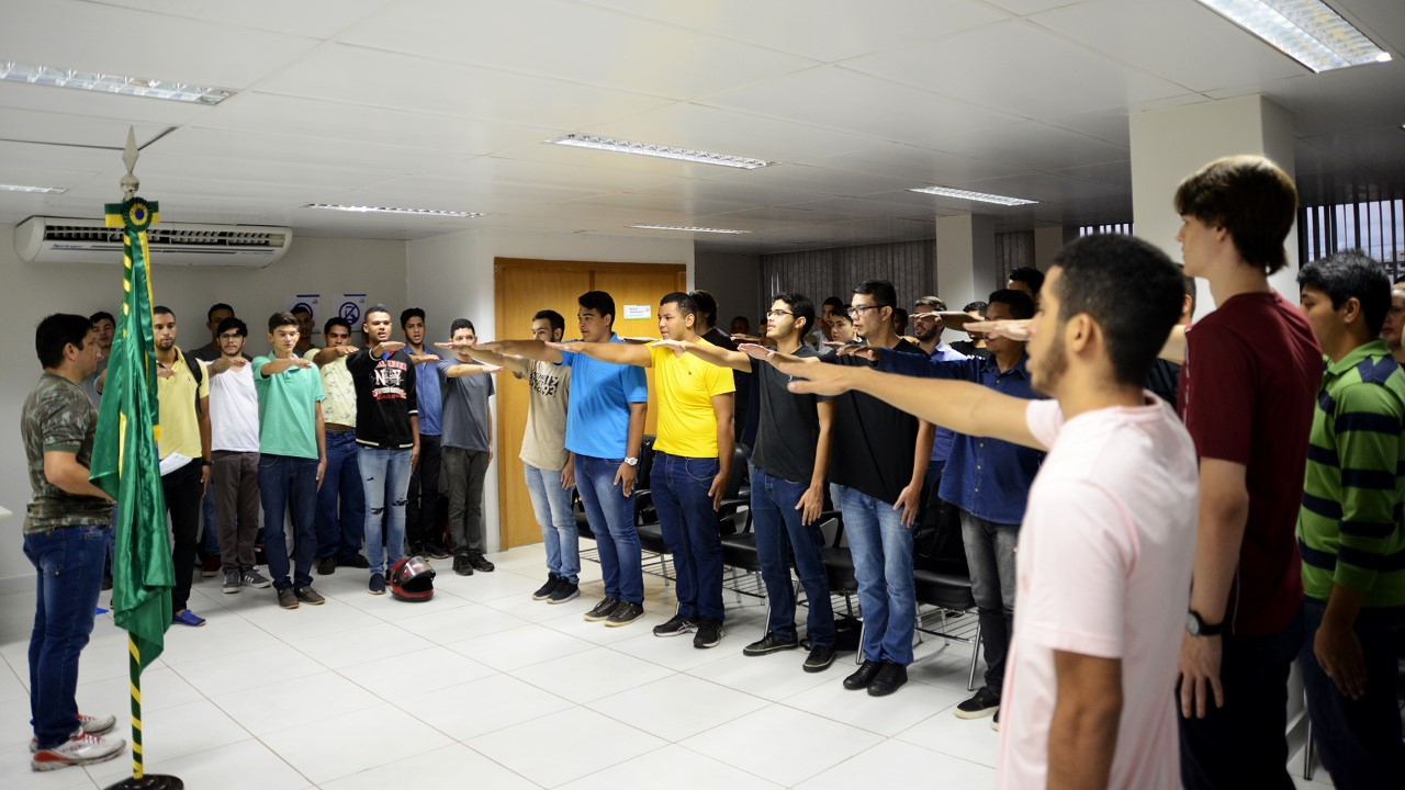 Trezentos jovens receberam Certificados de Dispensa de Incorporação no Resolve Palmas nesta quarta, 20