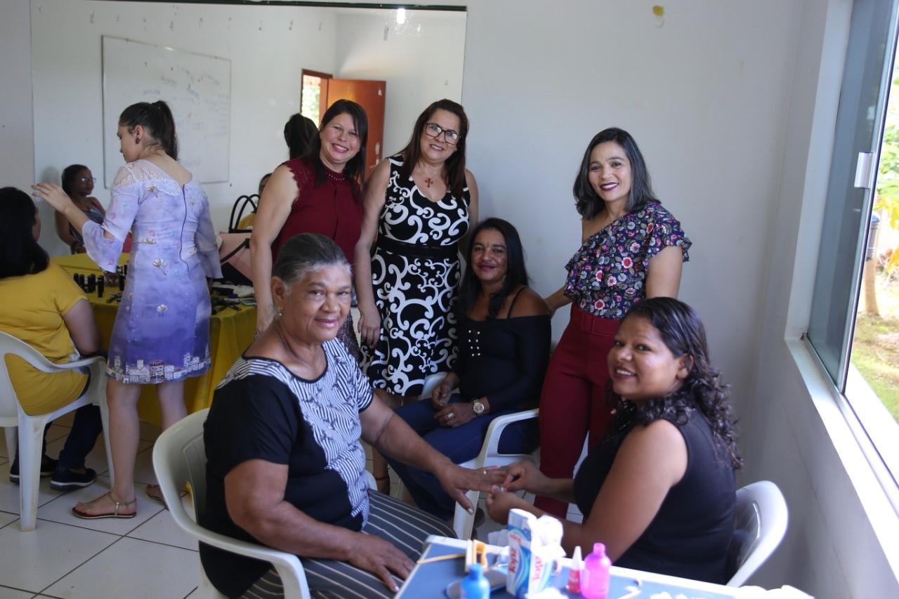 Secretaria Municipal da Saúde de Porto Nacional promove Dia da Beleza no CAPS