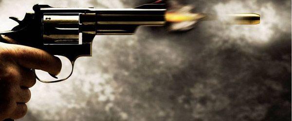 Homem morre após levar três tiros na calçada de casa no Jardim Aureny IV