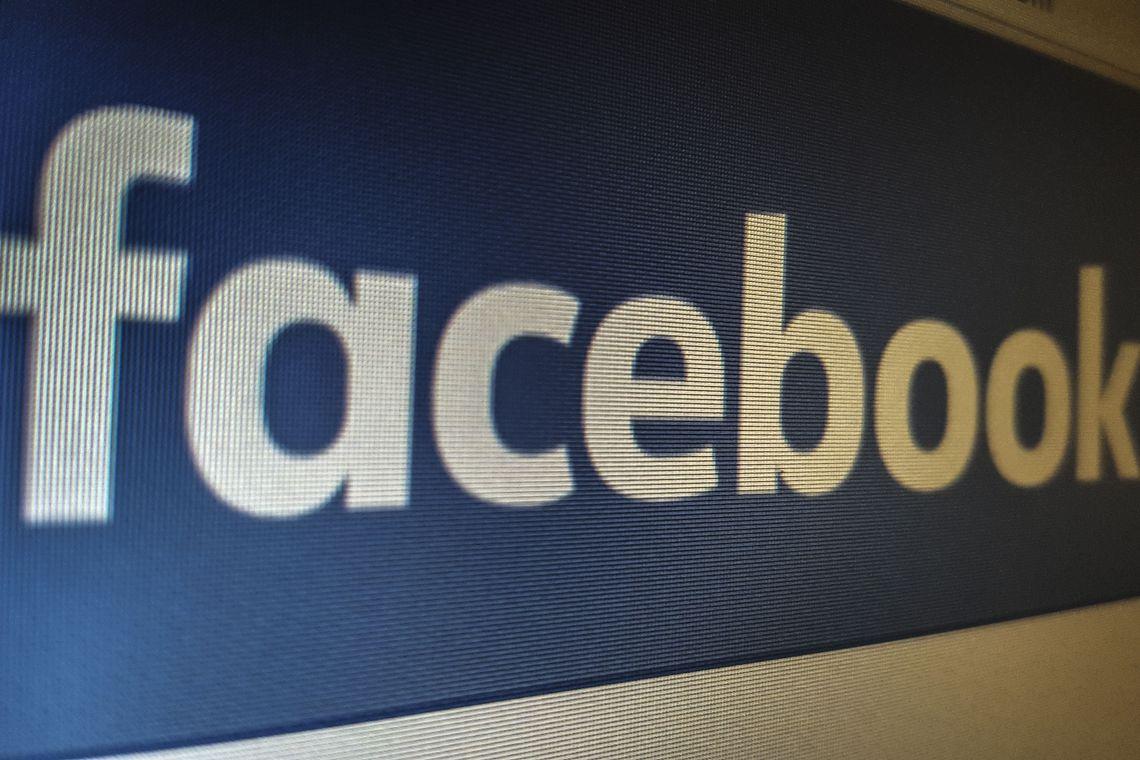 Milhões de dados de usuários do Facebook são expostos na internet