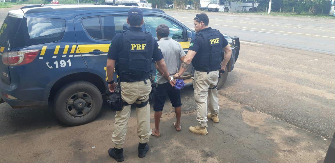 PRF prende criminoso que estava aplicando golpes e roubando celulares na região norte do Tocantins