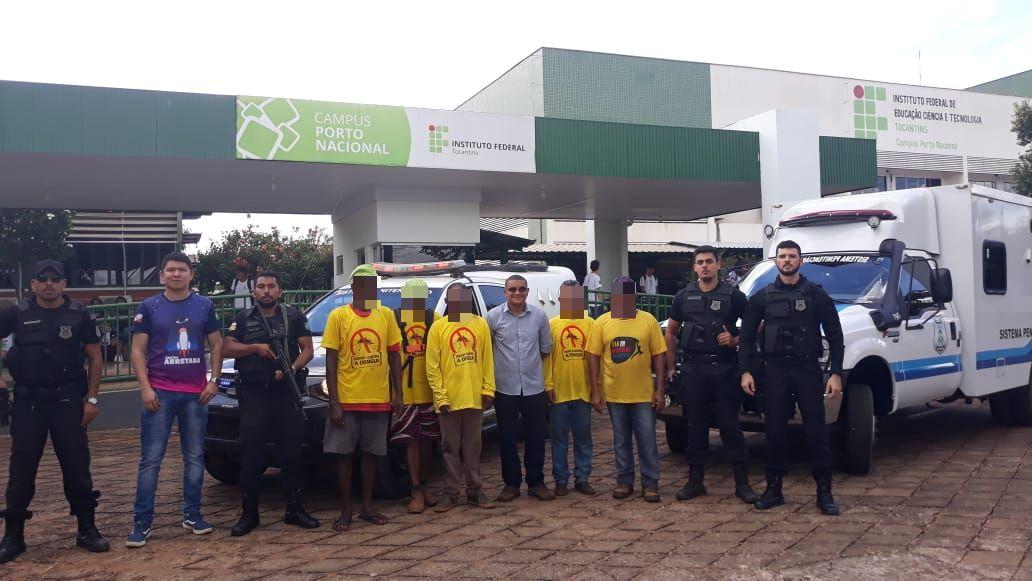 Reeducandos da CPP de Porto Nacional realizam roçagem de imediações do Instituto Federal do município