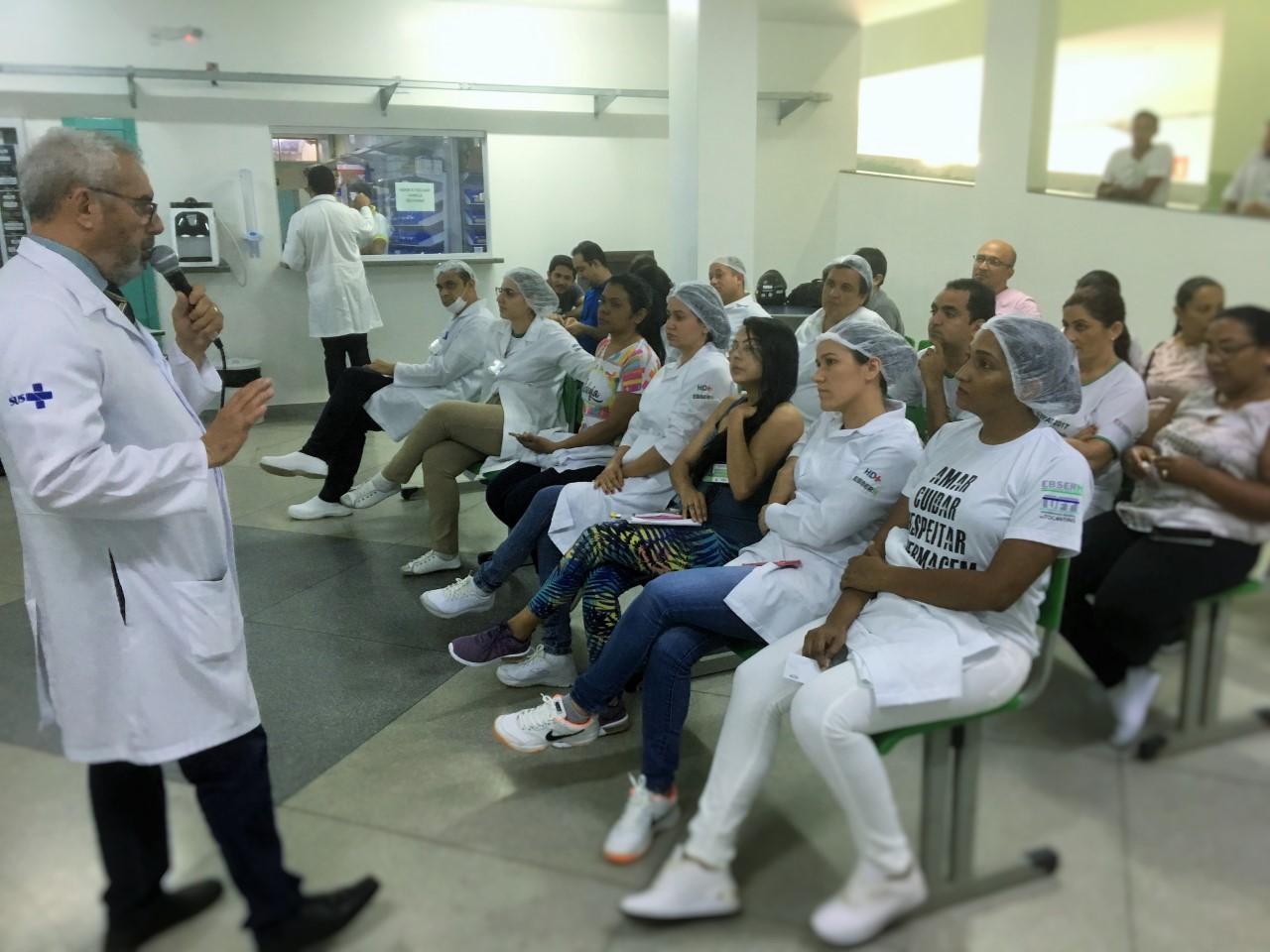 Acidente de trabalho é tema de palestra para profissionais e estudantes do HDT-UFT