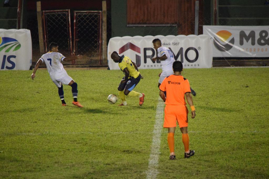 Atlético Cerrado perde em casa e se complica para avançar para semifinais do Tocantinense