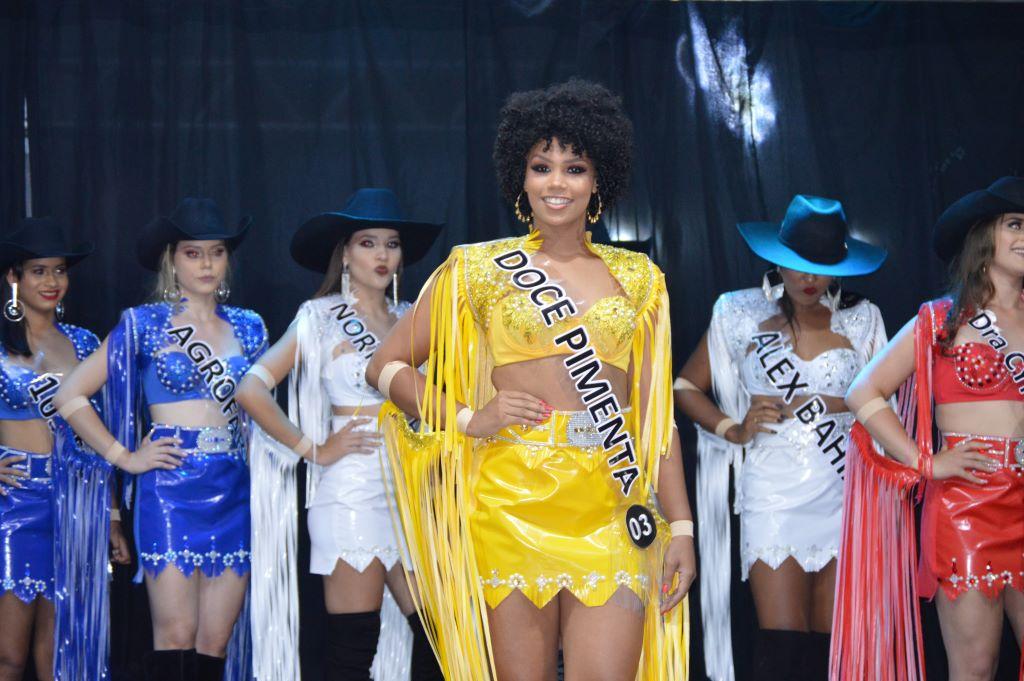 Garotas representantes da XXIV ExpoBrasil são eleitas em Paraíso TO