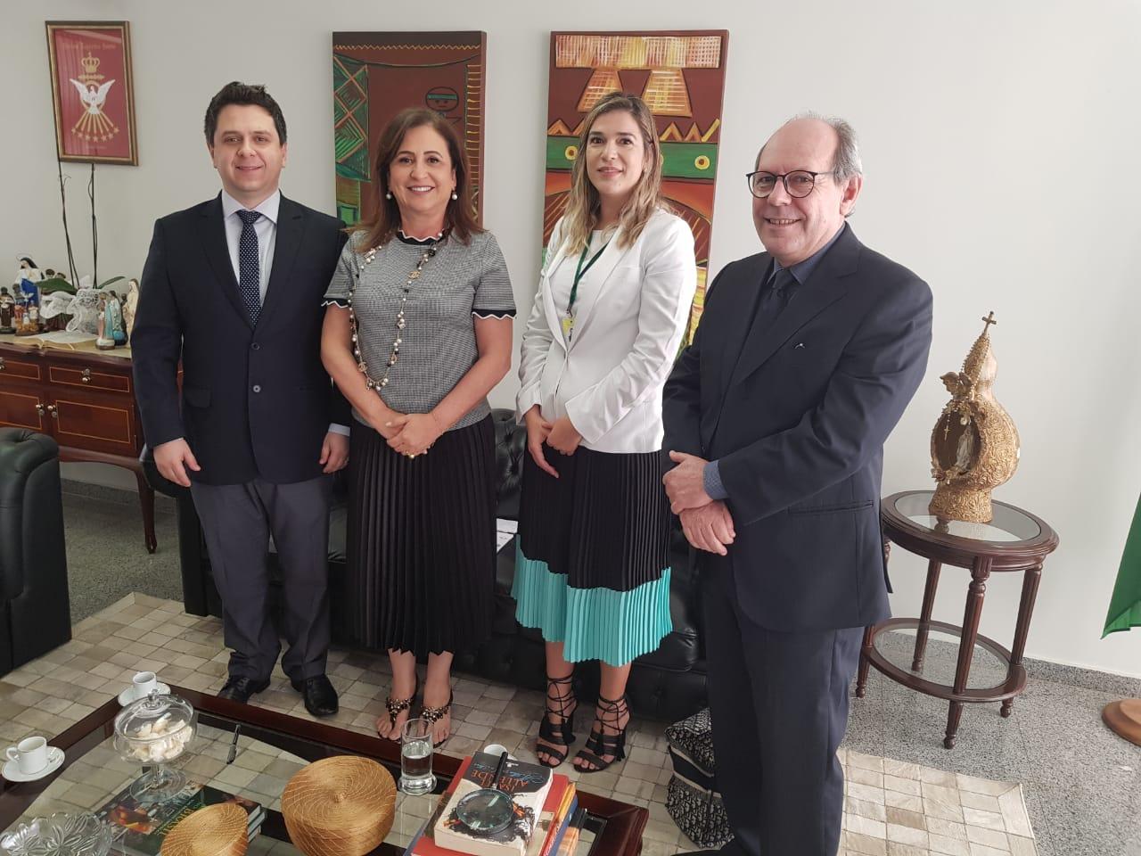 Tiago Dimas apresenta pedido de audiência pública para debater situação dos voos no Brasil, critica preços e participa de negociação em prol de Araguaína