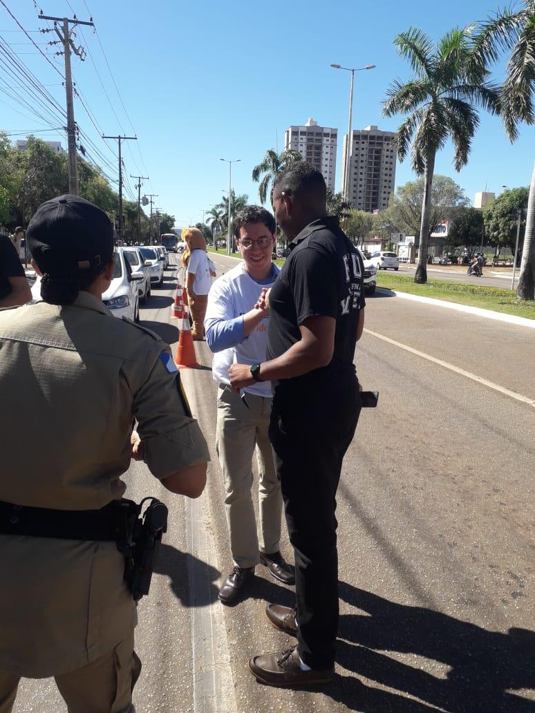 Blitz educativa marca o primeiro de dia de ação da Semana Municipal de Prevenção e Conscientização sobre Drogas