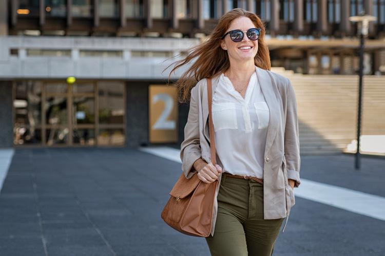 Você sabe quais são as principais diferenças entre blazer, cardigã e jaqueta? Confira!