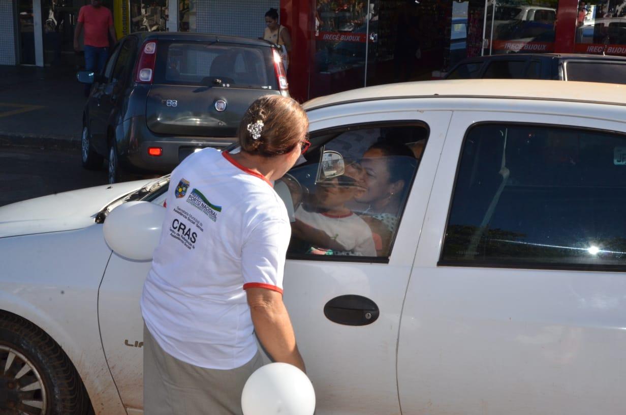 CRAS União realiza blitz em alusão ao Dia Mundial de Conscientização da Violência contra a Pessoa Idosa