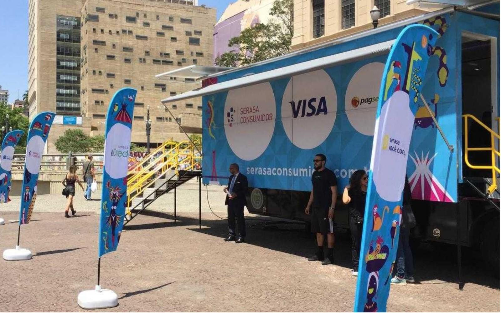 Consumidores de Palmas poderão renegociar dívidas com 15 empresas em caminhão do Serasa