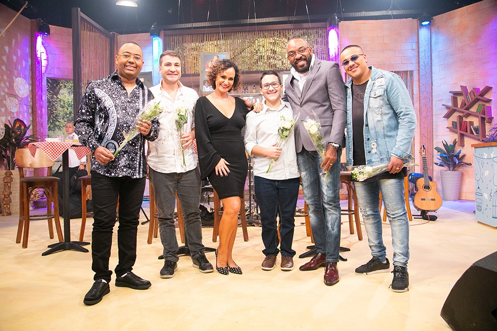 Ritmo Brasil recebe Dudu Nobre, Almirzinho e outros pagodeiros em um Super Especial que homenageia a eterna Beth Carvalho