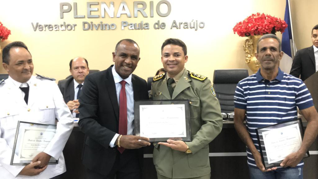 Tenente Coronel Miranda  Comandante do 2º BPM, recebe título de cidadão Araguainense pela Câmara Municipal de Araguaína