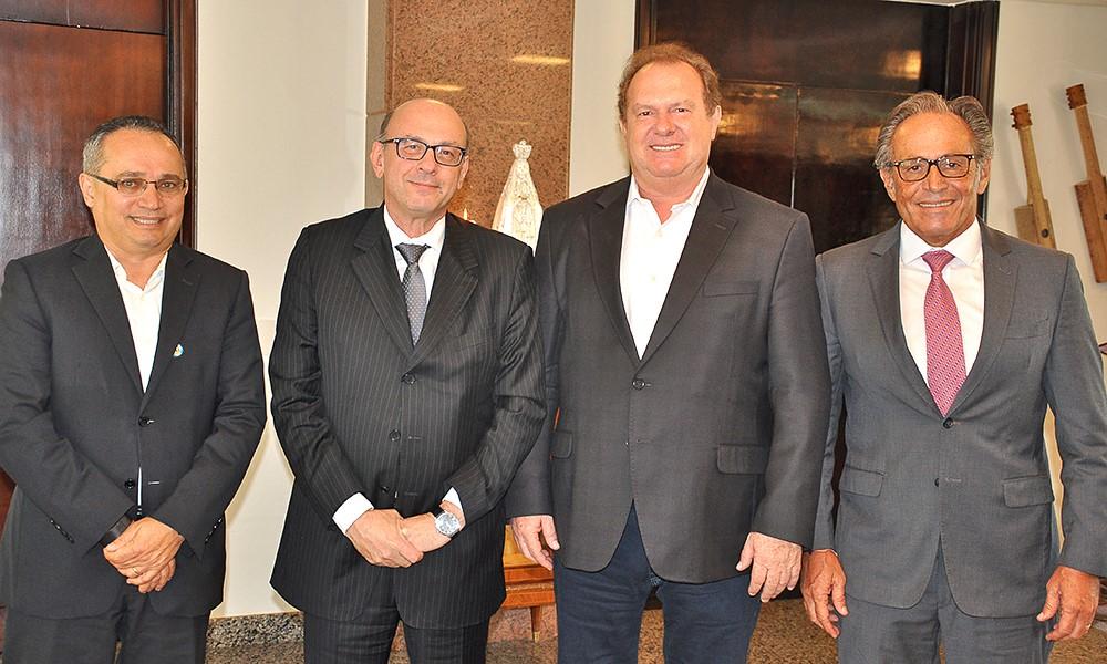 Governador Carlesse recebe presidente da Investco e solicita ampliação de investimentos da empresa no Estado
