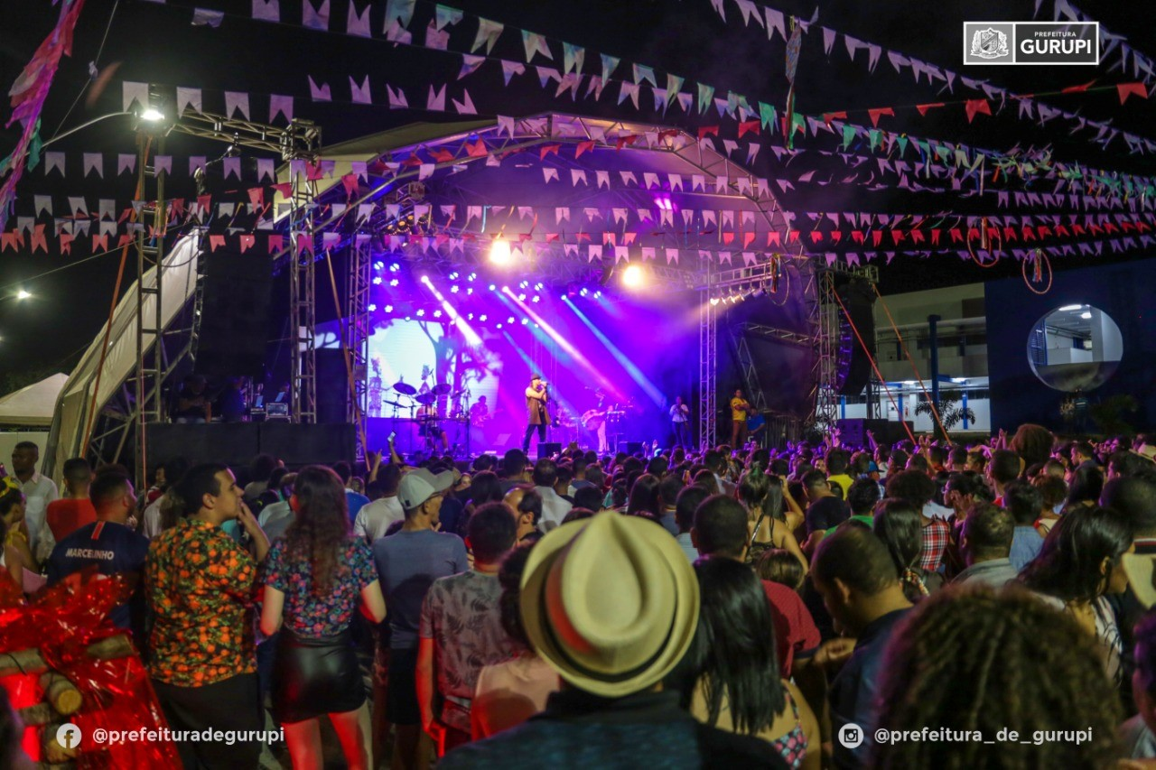 Show da Banda Falamansa marca a abertura do 20° Arraia da Amizade e 3° Arraiá da UnirG
