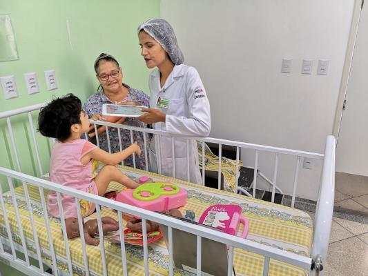 Atividades lúdicas ajudam na recuperação de crianças durante hospitalização no HDT-UFT