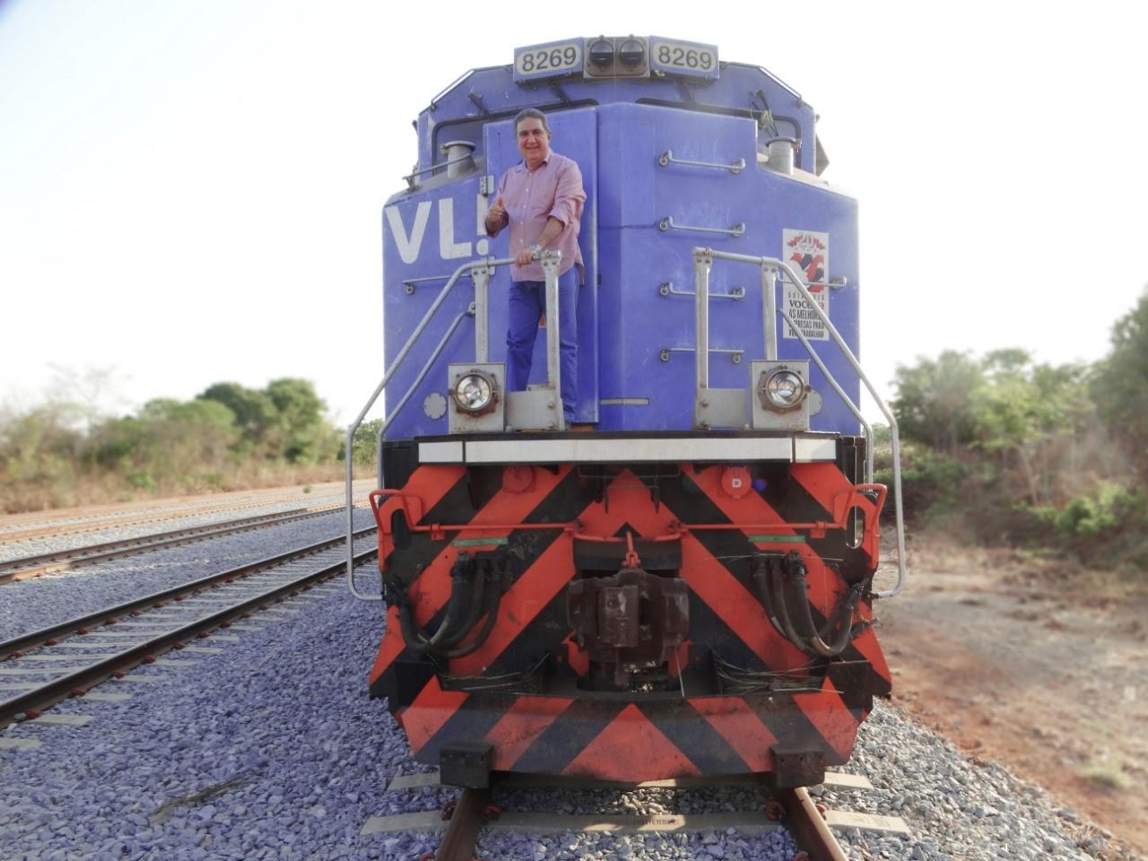 Prefeito de Gurupi comemora anúncio da assinatura do contrato da Ferrovia Norte-Sul