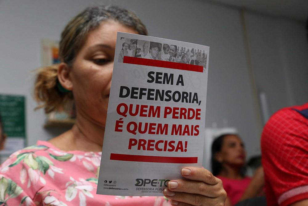 81,6% das pessoas atendidas pela Defensoria Pública vivem com até um salário mínimo