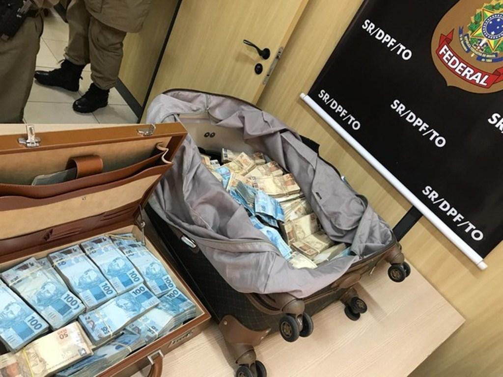 Operação da PF investiga crime eleitoral após apreensão de R$ 1 milhão dias antes das eleições 2018