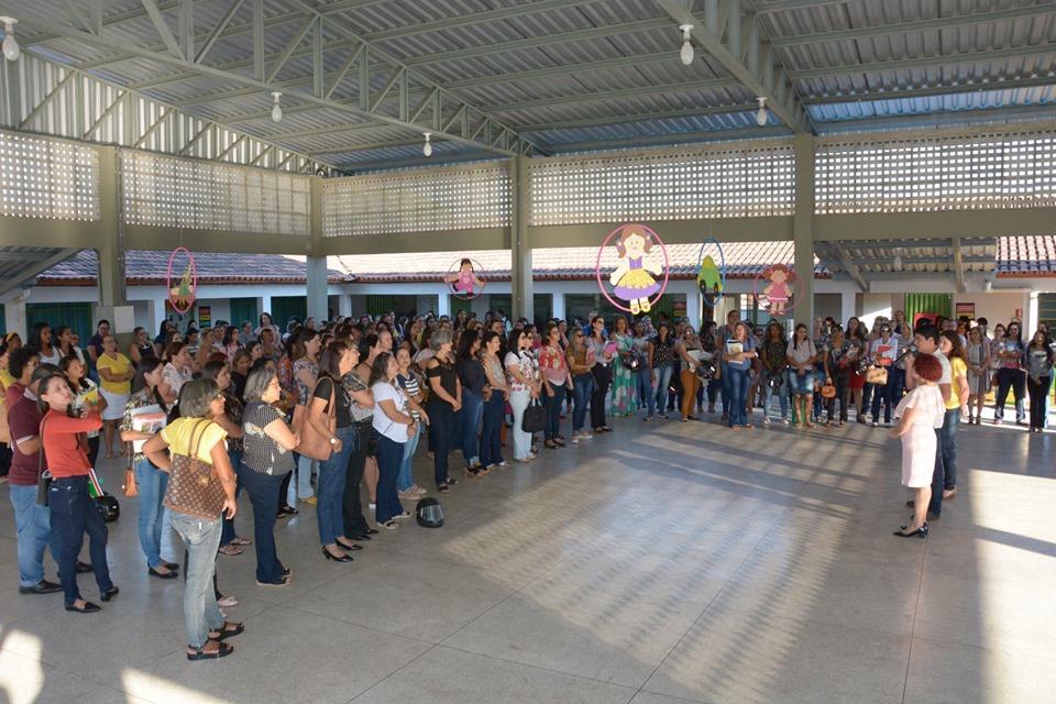 Educadores da Rede Municipal de Ensino participam de formação continuada nos dias 19 e 20