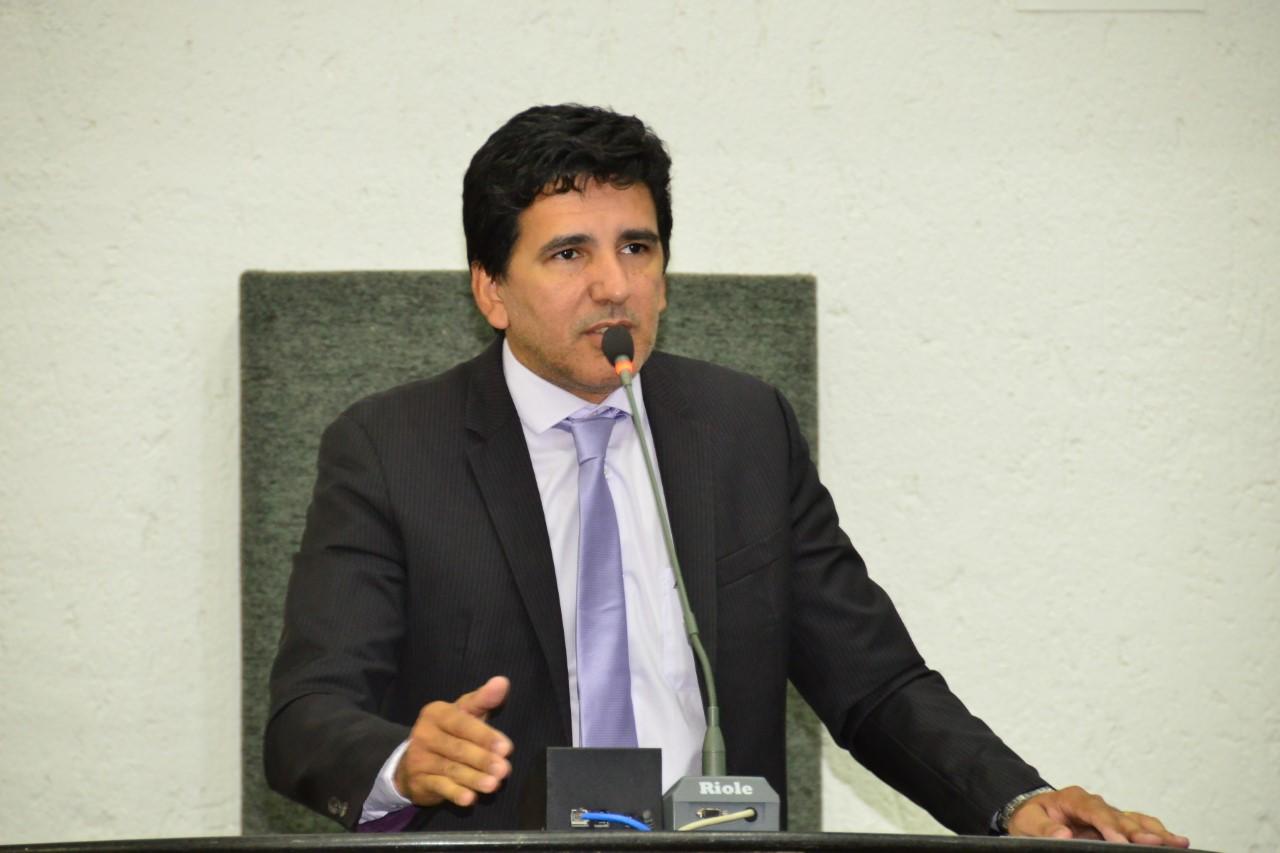Prof. Júnior Geo solicita linhas de crédito para micro e pequenos empreendedores do Estado