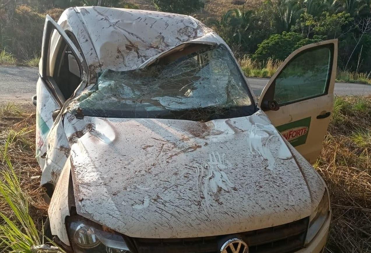 Homem morre após perder controle e bater carro em árvore na TO-164